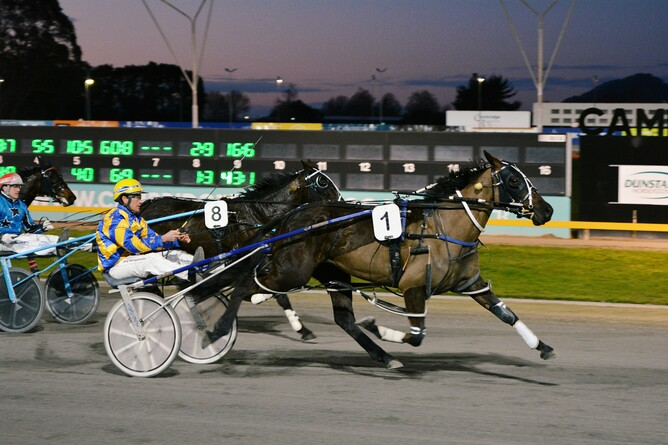 Molly Dooker on her way to winning at the Cambridge Raceway on Thursday night - Chanelle Lawson